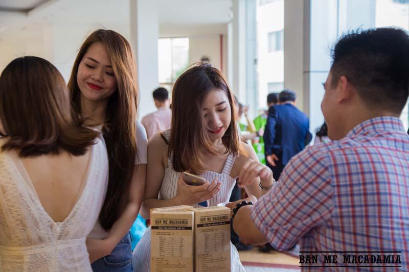 hat-macca-ban-me-macadamia-top-100-thuong-hieu-hang-dau-02