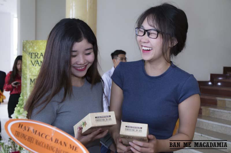 hat-macca-ban-me-macadamia-top-100-thuong-hieu-hang-dau-03